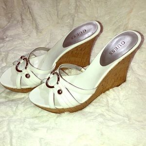 GUEES cork wedges!
